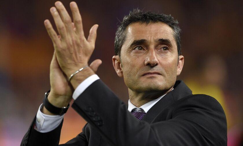 Λύγισε ο Βαλβέρδε στο «αντίο» στους παίκτες της Μπαρτσελόνα