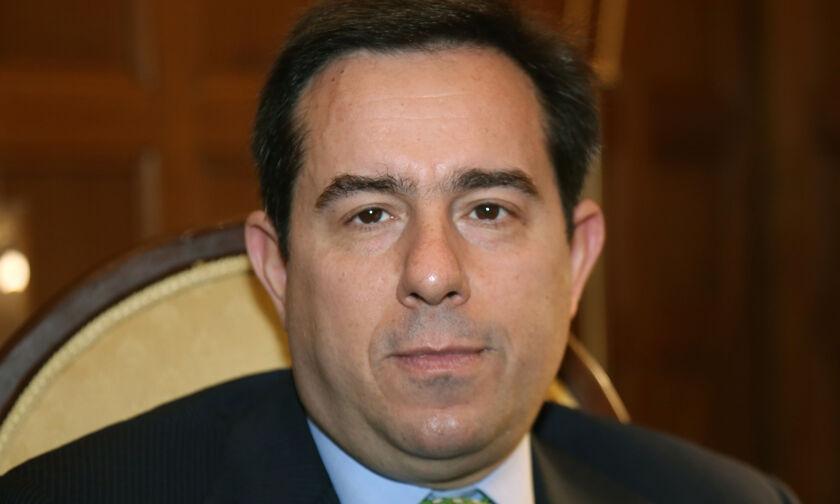 Νέο υπουργείο Μεταναστευτικής πολιτικής με υπουργό τον Νότη Μηταράκη