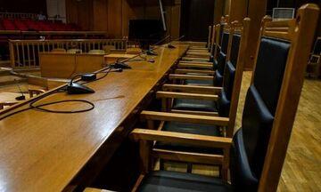 «Εμφύλιος» στην Ένωση Δικαστών και Εισαγγελέων για τα επεισόδια στο Κουκάκι