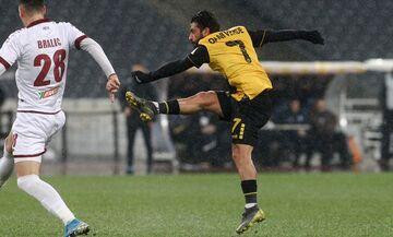 ΑΕΚ - ΑΕΛ: Με απίθανο γκολ ο Σιμόες το 1-0 (vid)
