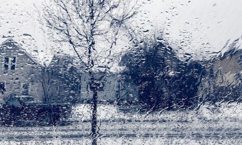 Καιρός: Πτώση θερμοκρασίας, βροχές και χιονοπτώσεις