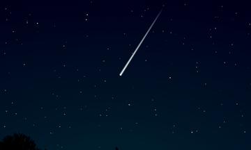 Έπεσε μετεωρίτης στην Αίγινα; Τι λέει το Αστεροσκοπείο (pic)