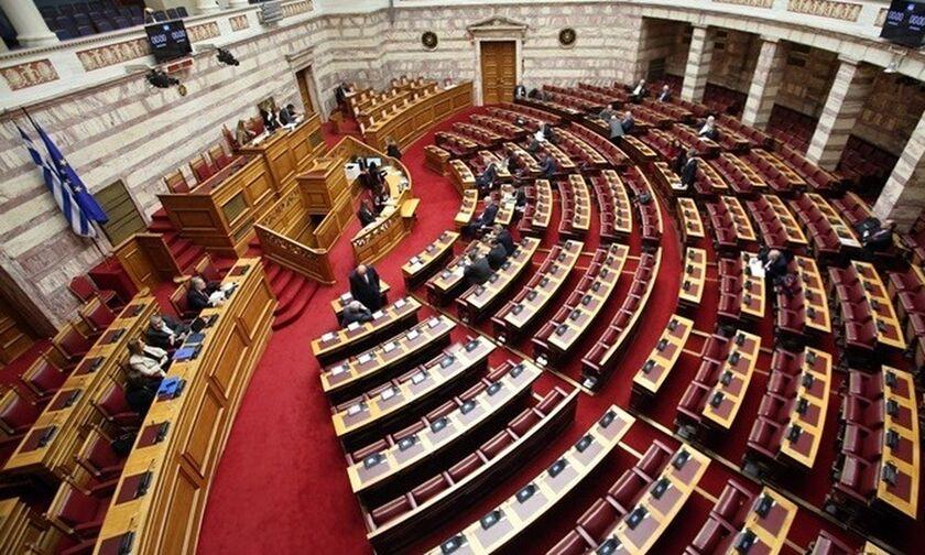 Με 163 ψήφους η επαναφορά της ενισχυμένης αναλογικής - Θα ισχύσει από τις μεθεπόμενες εκλογές