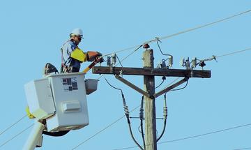 ΔΕΔΔΗΕ: Διακοπή ρεύματος σε Αθήνα, Περιστέρι, Άλιμο