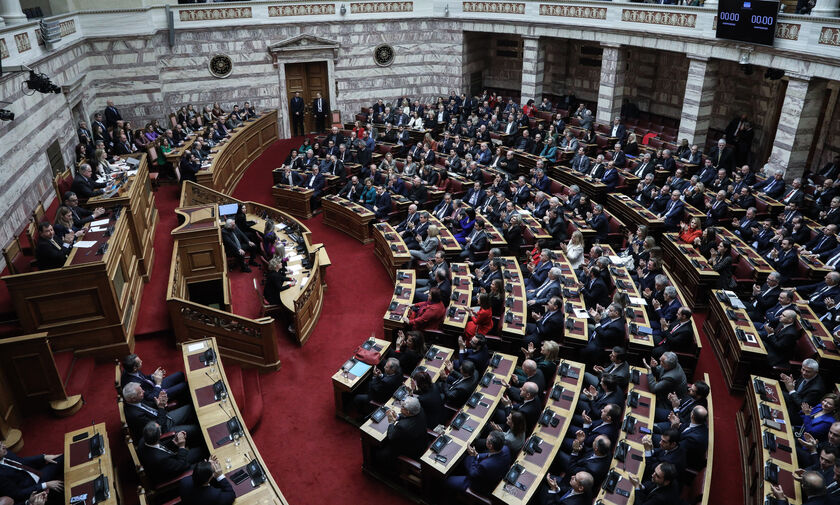 LIVE Streaming: Η ψήφιση της τροπολογίας για ΠΑΟΚ - Ξάνθη (13:00)