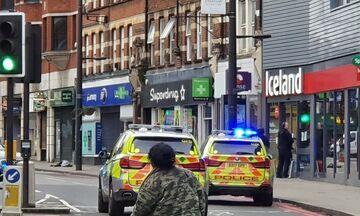Συναγερμός στο Λονδίνο, πυροβολισμοί σε κεντρικό δρόμο