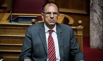 Υπουργός Επικρατείας: «Αφαίρεση βαθμών σε κάθε αγώνα, όσο υφίσταται η πολυϊδιοκτησία»