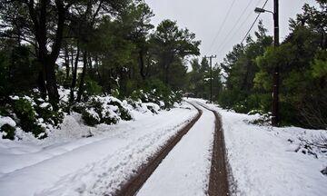 Κακοκαιρία: Οι κλειστοί δρόμοι - Πού είναι απαραίτητες οι αλυσίδες - Προβλήματα στην Αττική