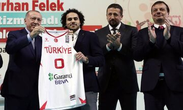 O Λάρκιν έγινε επίσημα Τούρκος με τις... ευλογίες του Ερντογάν