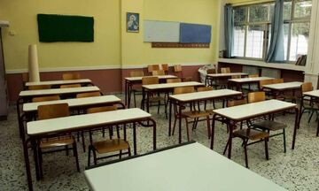 Βύρωνας: Αγριος ξυλοδαρμός 17χρονου σε σχολείο από 17 άτομα - «Πηδούσαν στο κεφάλι του»