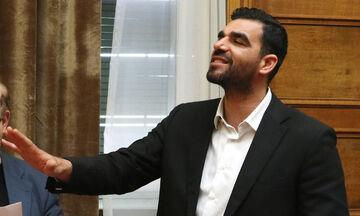 Δίκη των «28»: Ξέσπασε σε λυγμούς ο Κωνσταντινέας μετά την κατάθεσή του