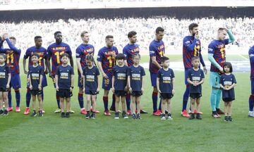 La Liga: Με φανέλες Ντεμπελέ οι παίκτες της Μπαρτσελόνα (vid)