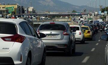 Κηφισός: Κυκλοφοριακό χάος ύστερα από ανατροπή αυτοκινήτου