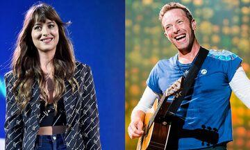 """Οι Coldplay παρουσίασαν το νέο τους βιντεοκλίπ για το """"Cry Cry Cry"""""""