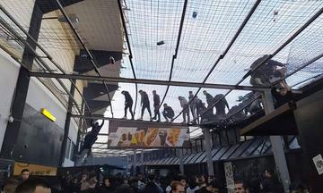 Κανένας έλεγχος στην Τούμπα - Τζαμπατζήδες πηδούν τα κάγκελα (pics)