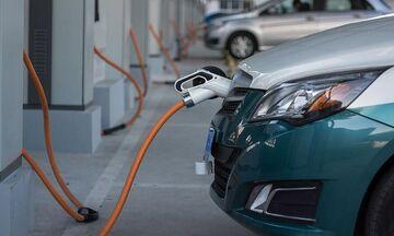 Πάτωσαν τα ηλεκτρικά αυτοκίνητα στην Κίνα