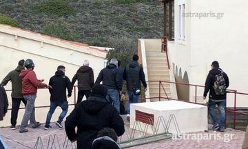 Χίος: Κάτοικοι εισέβαλαν σε ξενοδοχείο κι επιτέθηκαν στα ΜΑΤ! «Μη τον χτυπάτε...» (vid)