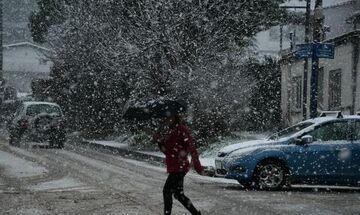 Έκτακτο δελτίο καιρού από την ΕΜΥ-Βροχές, καταιγίδες και πυκνές χιονοπτώσεις