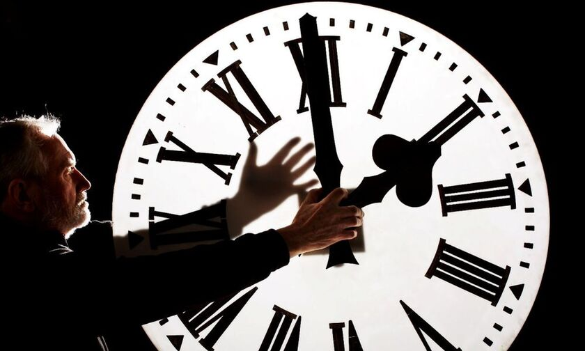 Αλλαγή ώρας: Πότε, μέσα στον Μάρτιο, γυρίζουμε τα ρολόγια μας - Πότε καταργείται