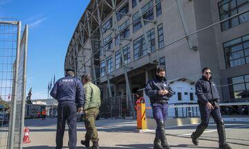Κεκλεισμένων των θυρών το ΠΑΟΚ - Ολυμπιακός, πιθανότατα και το Ολυμπιακός - Γουλβς