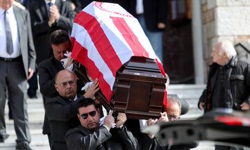 Λεωνίδας Θεοδωρακάκης: Το τελευταίο «αντίο», η κηδεία του επίτιμου προέδρου του Ολυμπιακού (pics)