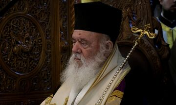 Ιερώνυμος για κορονοϊό: «Η εκκλησία δεν έχει μετρητή πίστης, οι κληρικοί δεν τηρούν παρουσιολόγιο»