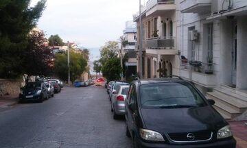 Επιστροφή πινακίδων από τον Δήμο Πειραιά
