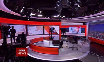 BBC: Βγήκε στο δελτίο ειδήσεων από το σπίτι του και έγινε... θέαμα! (vid)