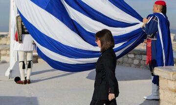 Σακελλαροπούλου: Στην τελετή έπαρσης της σημαίας στην Ακρόπολη