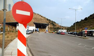 Κλείνουν τα σύνορα προς Αλβανία και Β. Μακεδονία, σταματούν τα πλοία για Ιταλία