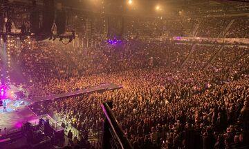 Κορονοϊός: Κοσμοσυρροή στις συναυλίες των Stereophonics στην Αγγλία! (vid)