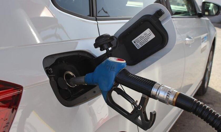Κορονοϊός στο βενζινάδικο: Τι να προσέξετε!
