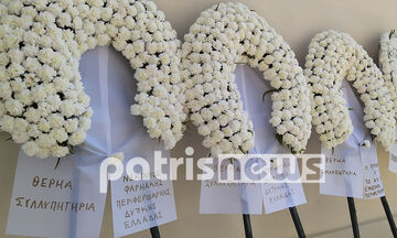 Mε στολές προστασίας και μάσκες η κηδεία του δάσκαλου στην Αμαλιάδα (pics + vid)