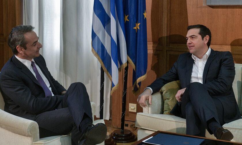 Τηλεφωνική επικοινωνία Τσίπρα-Μητσοτάκη: Να ενισχυθεί άμεσα το ΕΣΥ ζήτησε ο πρόεδρος του ΣΥΡΙΖΑ