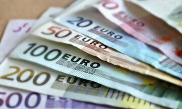 Επίδομα 800 ευρώ: Ανοίγει η πλατφόρμα - Η λίστα των δικαιούχων - Η διαδικασία υποβολής