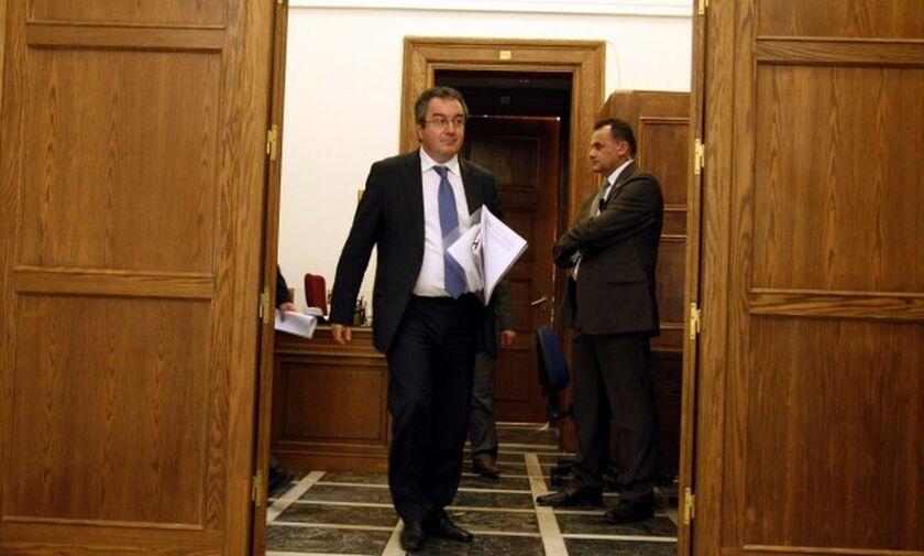 Ηλίας Μόσιαλος: Η Ελλάδα μέσα στις 2 - 3 χώρες που τα πηγαίνουν καλύτερα στην Ευρώπη