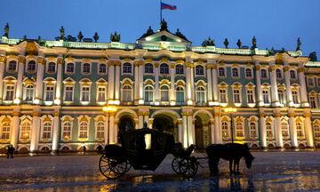 Πέντε ώρες στα άδυτα του Ερμιτάζ - On line περιήγηση στο διάσημο μουσείο (vid)