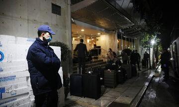 Επαναπατρίστηκαν οι Έλληνες που είχαν εγκλωβιστεί σε αεροδρόμιο της Κωνσταντινούπολης (pics)