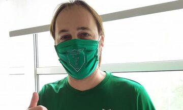 ΑΕ Χαλανδρίου: Προστατευτική μάσκα με τα χρώματα και το σήμα της ομάδας