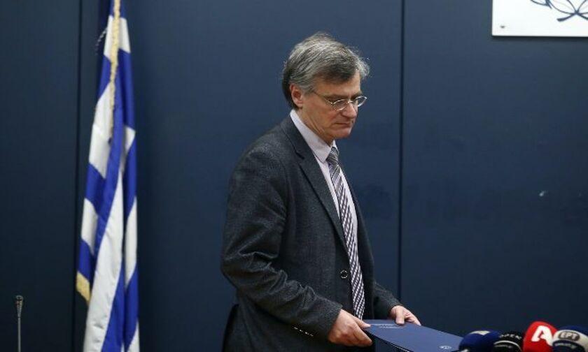 Ο Τσιόδρας εισηγείται παράταση της απαγόρευσης κυκλοφορίας