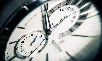 Αλλαγή ώρας 2020: Γυρνάμε τα ρολόγια - Το συμβαίνει σε πλοία, υπολογιστές, πότε καταργείται