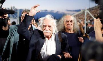 Ο πολιτικός κόσμος της Ελλάδας λέει «αντίο» στον μεγάλο Μανώλη Γλέζο