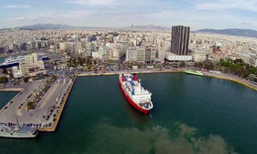 «Ελευθέριος Βενιζέλος»: Αρόδου στον Πειραιά λόγω κρουσμάτων κορονοϊού