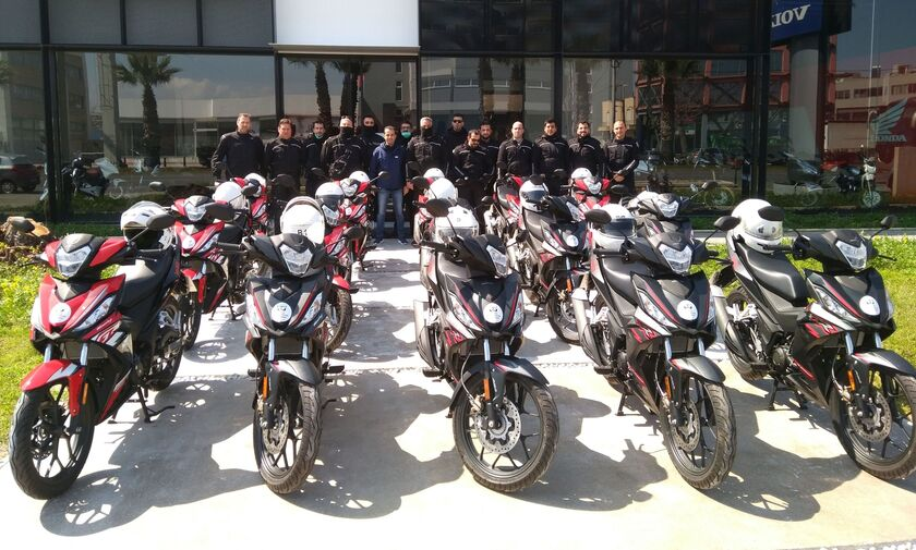 Δεκαπέντε δίκυκλα δωρεά του Ομίλου Σαρακάκη στον Δήμο Αθηναίων