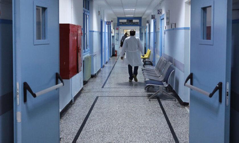 Κορονοϊός: Στους 55 οι νεκροί - Κατέληξε 78χρονος στην Αλεξανδρούπολη