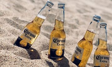 O κορονοϊός έβαλε «λουκέτο» στη μπύρα Corona