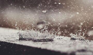 Καιρός: Βροχές, καταιγίδες, ισχυροί άνεμοι και χιόνια σε Στερεά Ελλάδα, Θεσσαλία