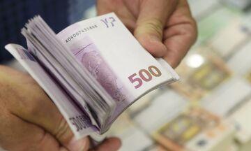 Κορονοϊός: Πότε θα κατανεμηθούν τα 800 ευρώ – Αναλυτικά οι ημερομηνίες