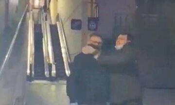 Επεισόδιο οπαδών Μπαρτσελόνα - Εσπανιόλ έξω από νοσοκομείο! (vid)