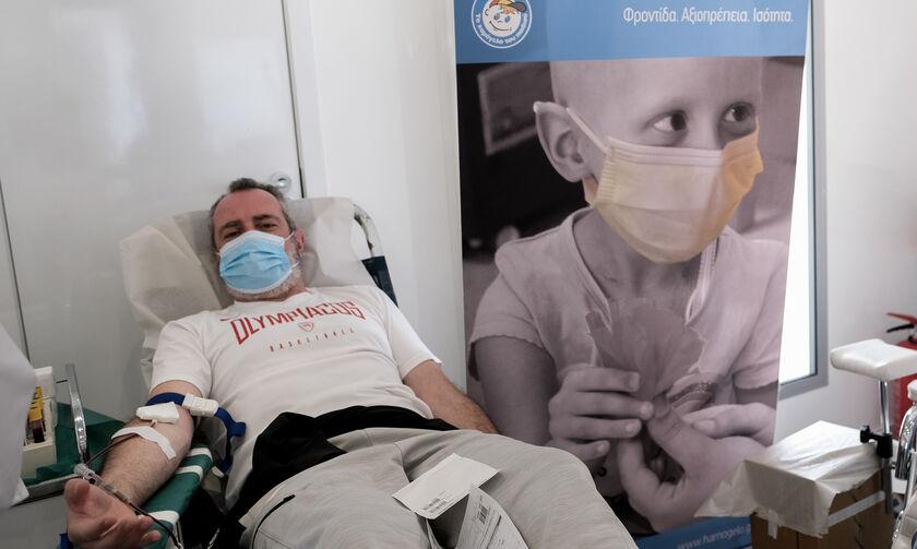 Κορονοϊός: Με μεγάλη επιτυχία η αιμοδοσία στο ΣΕΦ - Συγκεντρώθηκαν 164 φιάλες αίμα